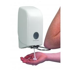 Zeepdispenser voor foamzeep met elleboogbediening